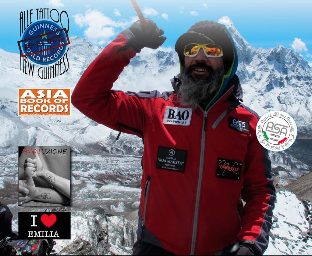 Intimo Sportivo ASA sponsor di Alle Tattoo no stop for Emilia per il  5° Guinness dei Primati del poliedrico tatuatore Alessandro Bonacorsi in arte Alle Tattoo
