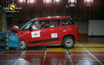 crash-test-nuova-fiat-500l