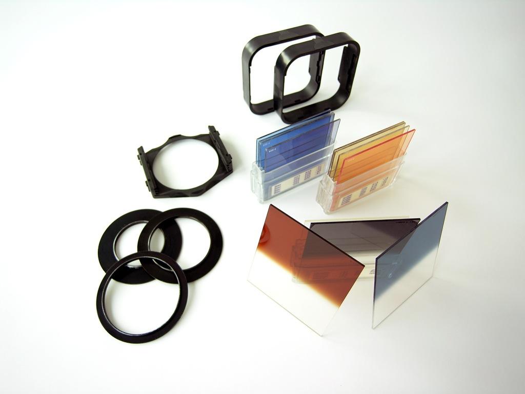 Fowa S.p.A. annuncia il ritorno sul mercato del marchio Cokin, famoso per avere inventato il sistema di filtri creativi quadrati