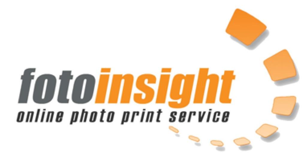 FotoInsight offre calendari dell'avvento personali, con la propria immagine stampata e 24 deliziosi cioccolatini vestiti a festa