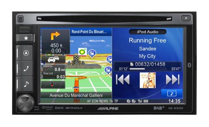 ALPINE INE-W925R: qualità audio eccellente e schermo multitasking