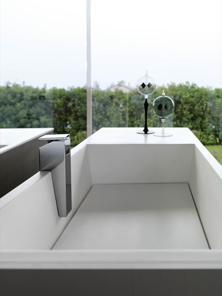 TOUCH L'emozionalità dell'arredo bagno interpretata dal design Milldue