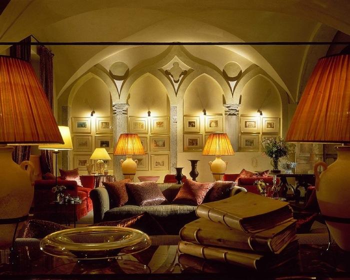 MONDAY NIGHT SPIRITS: Lo spirito dell'inverno viene ora dettato dal lunedì,  al Foyer Bar del Four Seasons Hotel Milano