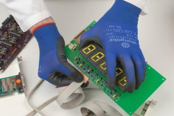 """La tecnologia """"Seconda Pelle"""" al centro della nuova linea di guanti di Marigold Industrial"""