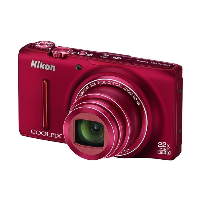 ZOOM & SHARE: ecco la Nikon COOLPIX S9500 con superzoom e sistema Wi-Fi incorporato