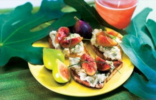 Gorgonzola, irresistibile anche nei piatti freddi. Fichi con crema di gorgonzola