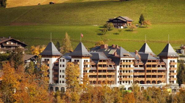 Equitazione, golf, rafting, arrampicate, hydrospeeding, cene giapponesi e l'ayurveda in montagna. alla scoperta della nuova Gstaad