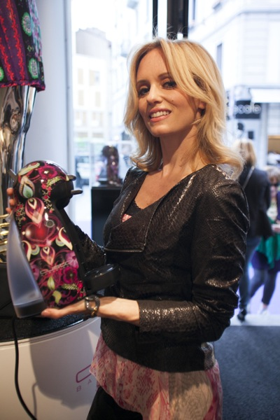 """La moda incontra il design con l'esclusiva Limited Edition """"Piccolo Nescafé Dolce Gusto by Custo Barcelona"""""""